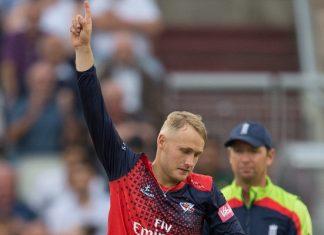 Wicket for Matt Parkinson