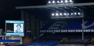 Everton paid tribute to former player Dai Davies prior to their Emirates FA Cup Fifth Round tie with Tottenham Hotspur at Goodison Park.