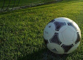football pitch goal - pixabay image, free to use